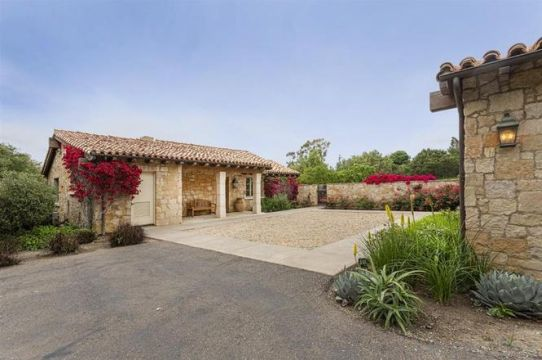 Rancho Santa Fe  SOLD: $2,465,000